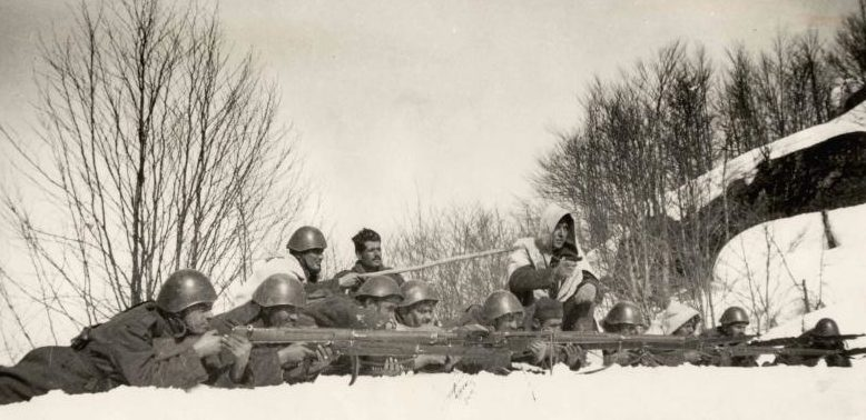 Греческие солдаты во время итальянского вторжения. Март 1941 года.