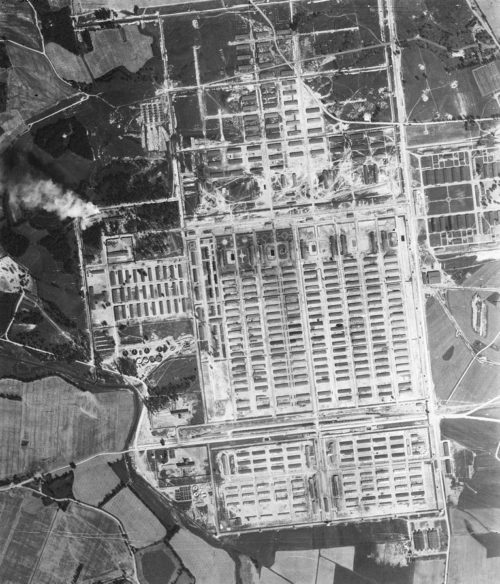 Аэрофотосъемка лагеря «Аушвиц II» (Биркенау).