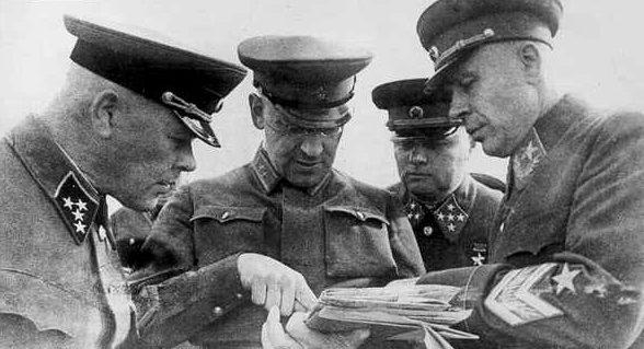 Павлов Д.Г. и Тимошенко С.К. 1940 г.