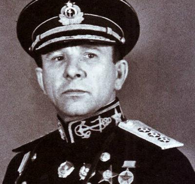 Трибуц Владимир Филиппович (15.07.1900 - 30.08.1977)