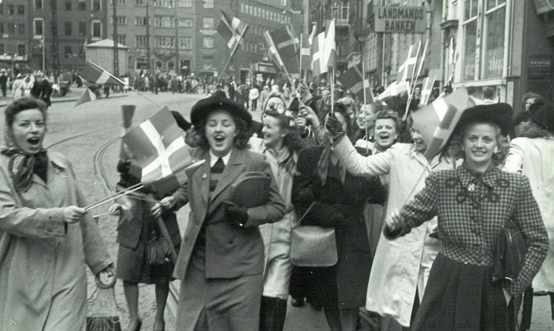 Празднование освобождения Дании в Копенгагене.