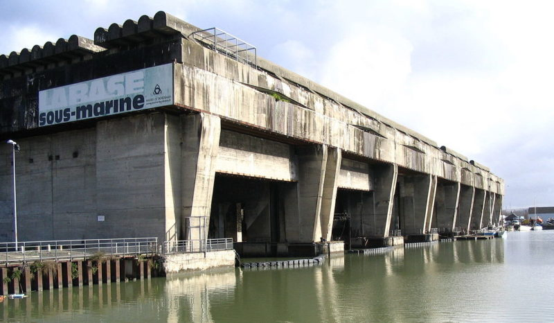Немецкая база подлодок в Бордо.