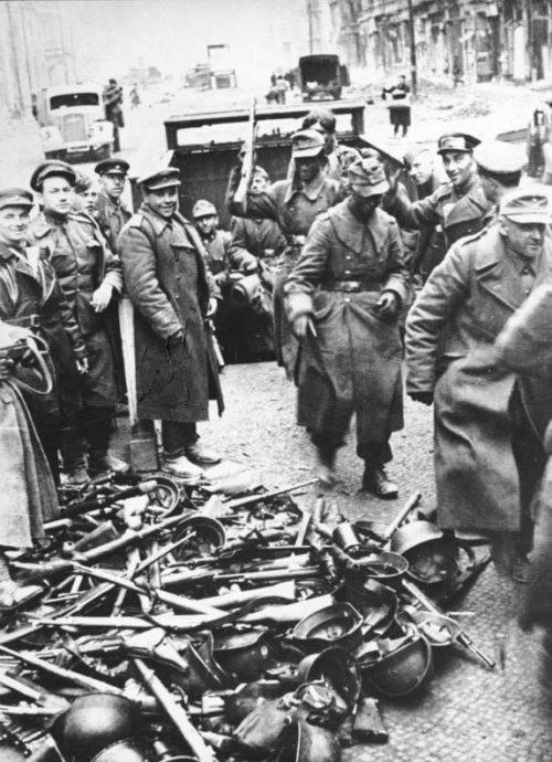 Капитуляция Берлинского гарнизона. 2 мая 1945 г.