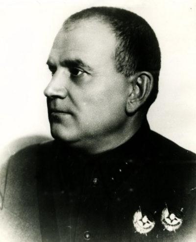 Хрулев. 1935 г.