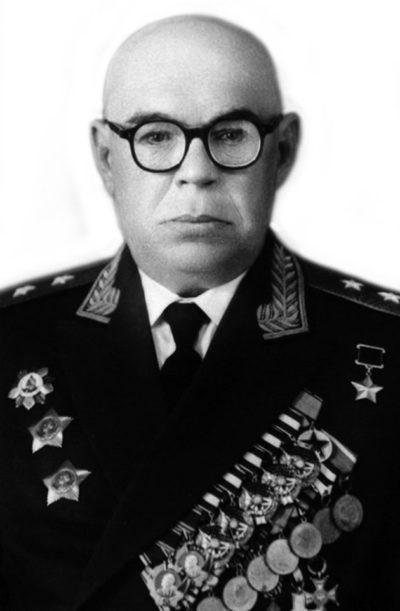Новиков Василий Васильевич (26.06.1898 – 23.10.1965)