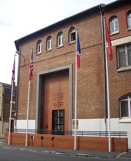 Здание в Реймсе, в котором была подписана капитуляция.