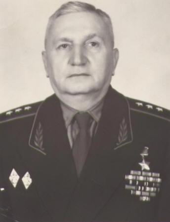 Генерал-полковник Петрушевский. 1975 г.