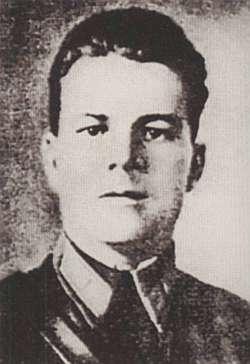 Командир группы «ДБ-32 капитан Г.А. Кулишенко.