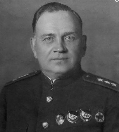 Генерал-лейтенант Хрулев. 1943 г.