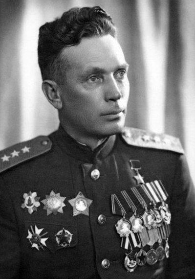 Шарохин Михаил Николаевич (11.12.1898 – 19.09.1974)