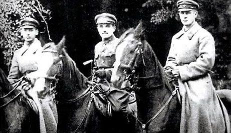 Худяков (в центре). Царицынский фронт. 1919 г.