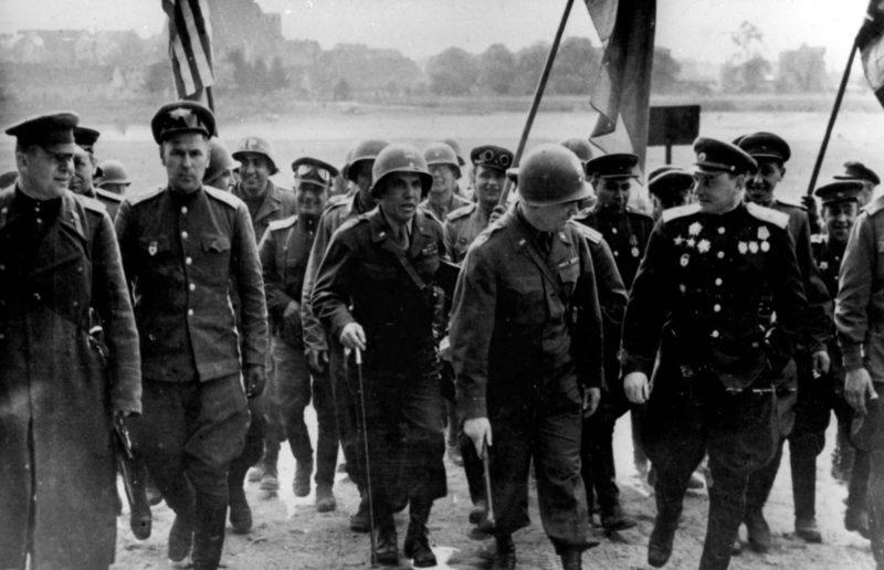 «Генеральские переговоры» на мосту. 25 апреля 1945 г.