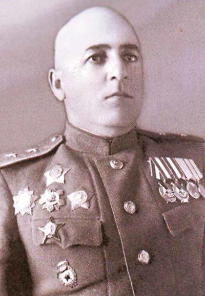 Генерал-лейтенант Чанчибадзе. 1945 г.