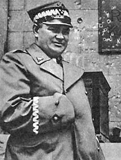 Поплавский – командующий сухопутными войсками ПНР. 1947 г.