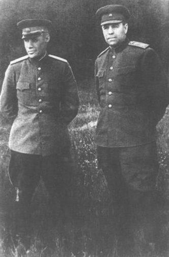 М.М. Попов и А.М. Василевский. 1943 г.