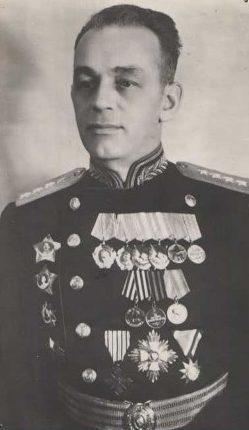 Генерал армии Попов. 1944 г.