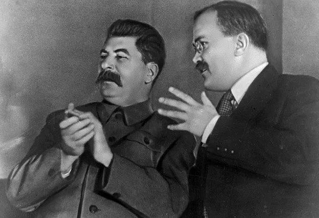 Сталин и Молотов.