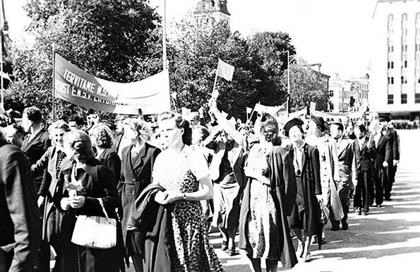 Просоветские демонстрации в Таллине. 17 июля 1940 г.