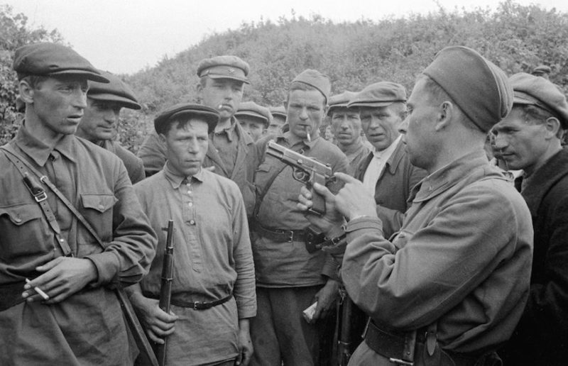 Обучение ополченцев. Июль 1941 г.