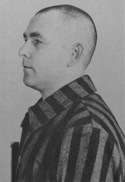 Краснодеревщик Иоганн Георг Элсер в концлагере.