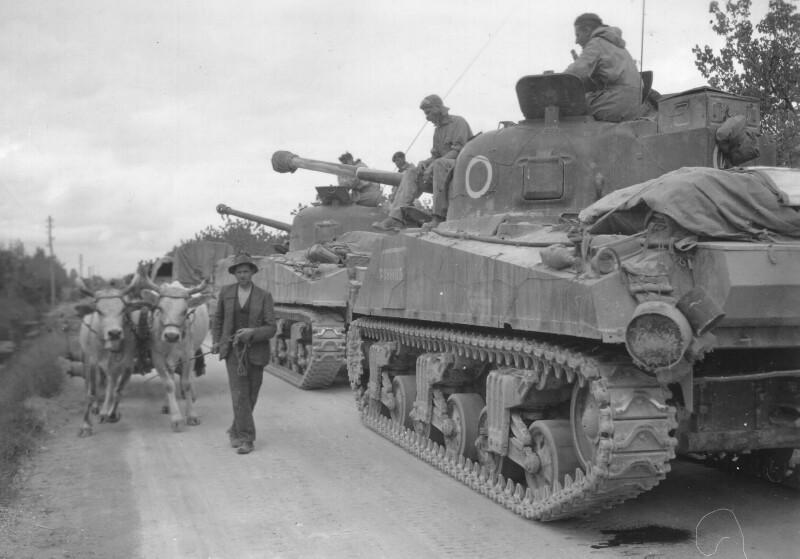 Южноафриканские танки в Италии. 1944 г.