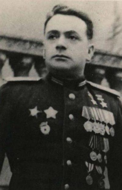 Дважды Герой Советского Союза Драгунский. 1945 г.