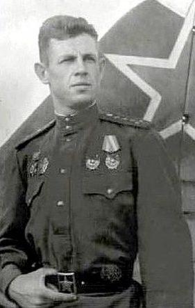 Капитан Ефимов. 1943 г.