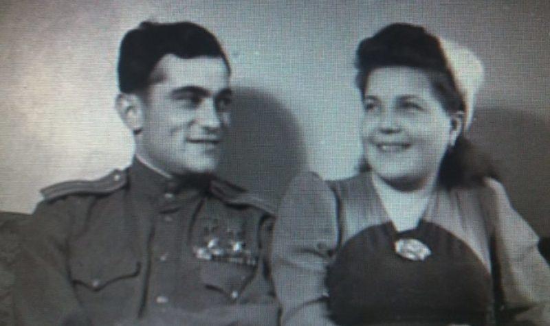 Амет-Хан Султан с супругой Фаиной Широковой. 1946 г.