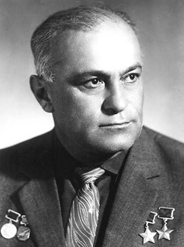 Амет-Хан Султан. 1956 г.