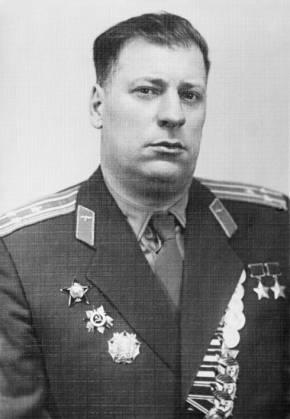 Дважды Герой Советского Союза полковник Андрианов. 1961 г.