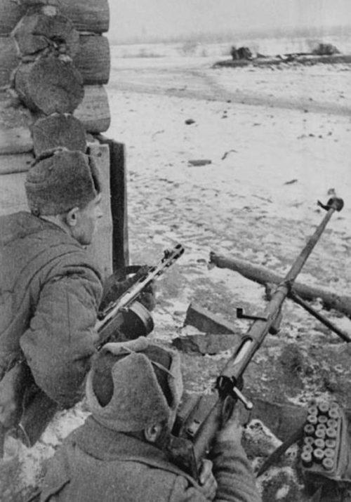 Позиция бронебойщиков. Ноябрь 1941 г.