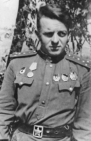 Капитан Карпов. 1943 г.