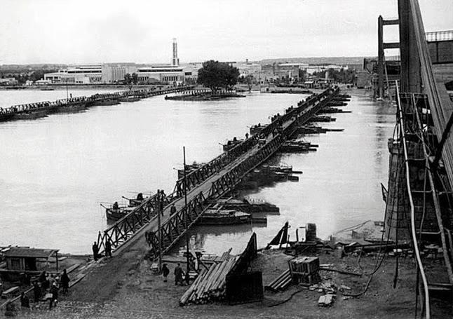 Наплавной пост в Белграде, построенный немцами. Апрель 1941 г.