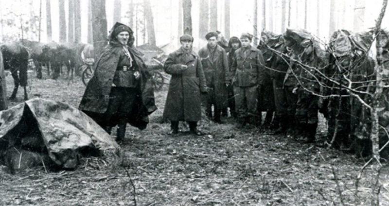 Ковпак в партизанском отряде. 1942 г.