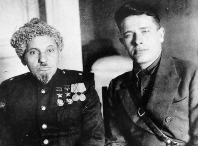 Сидор Ковпак с адъютантом. 1944 г.