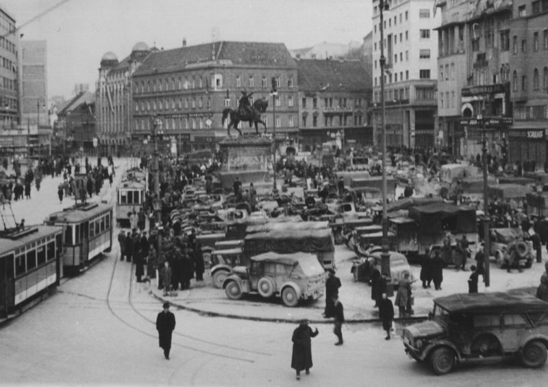 Белград во время оккупации. 1941 г.