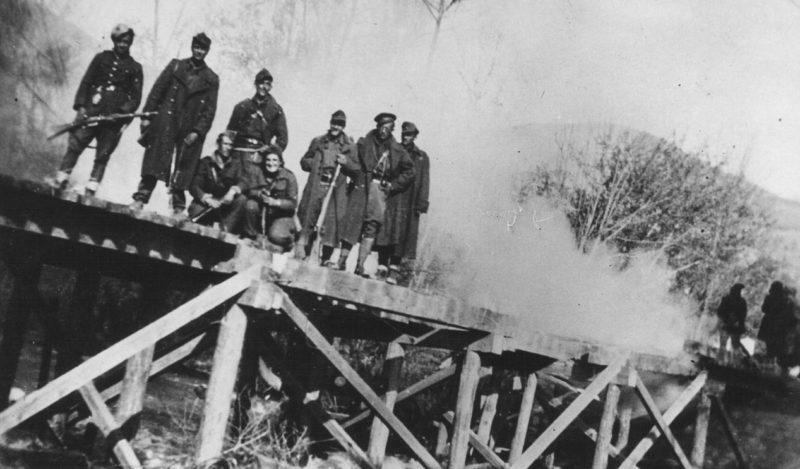 Бойцы македонско-косовской бригады. 1943 г.
