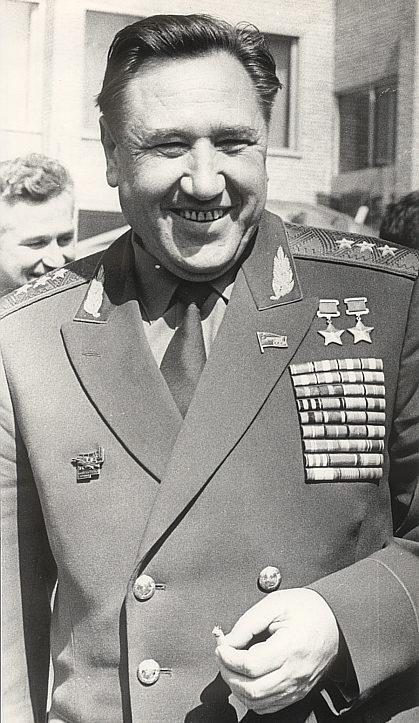 Генерал-полковник Колдунов. 1973 г.