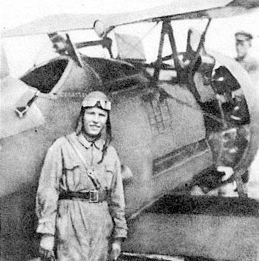 Кравченко у истребителя И-5. 1934 г.