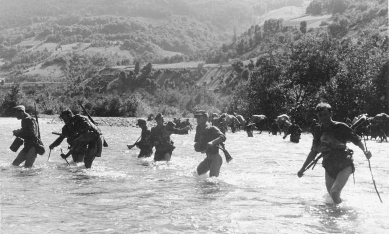 Немцы на границе Косово и Сербии. Июль 1944 г.