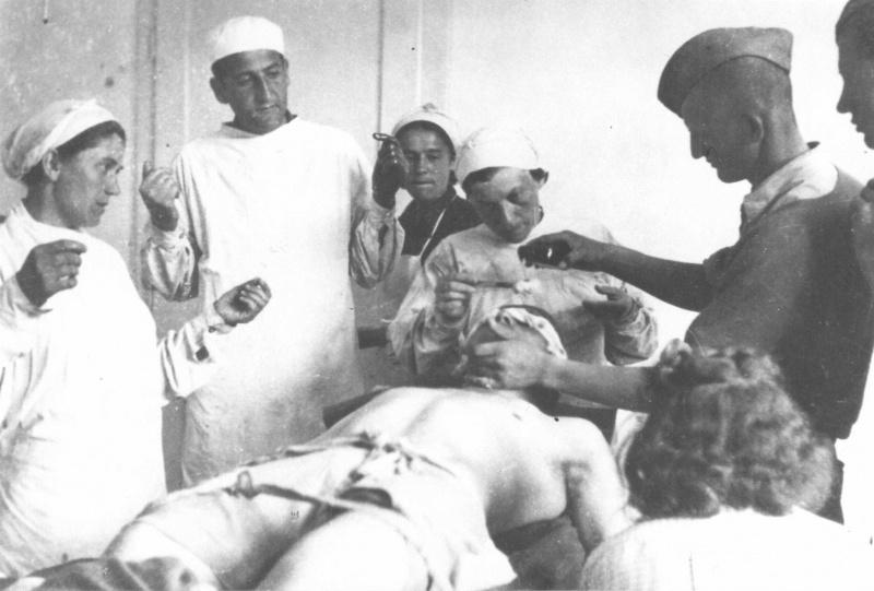 Партизанский госпиталь в Кошевском Роге. 1944 г.
