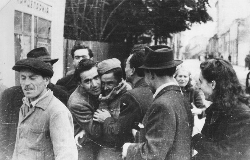 Празднование освобождения Белграда. Октябрь 1944 г.
