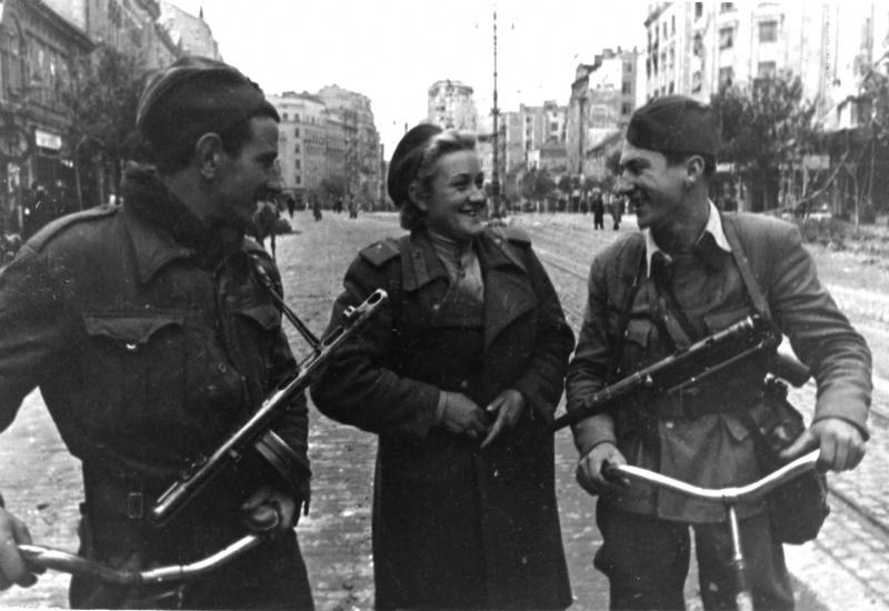 Общение с югославскими партизанами. Октябрь 1944 г.