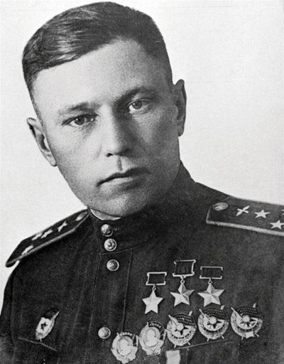 Трижды Герой Советского Союза Покрышкин Александр Иванович (06.03.1913-13.11.1985)