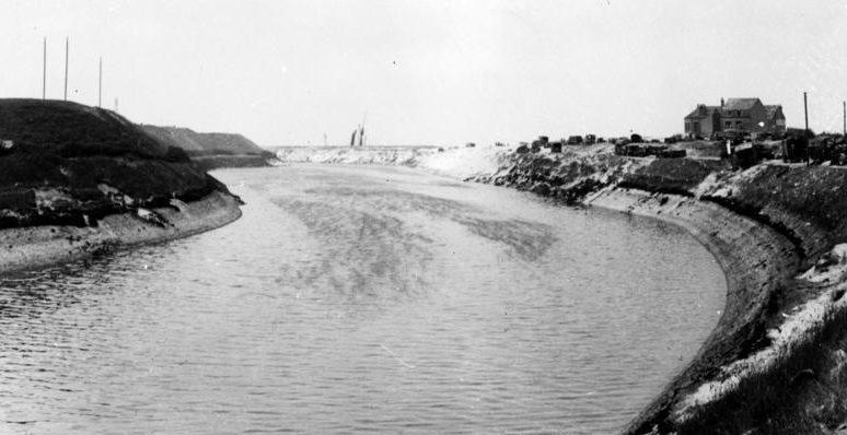 Канал Альберта в 1940 году. Считался непреодолимым препятствием для Вермахта.