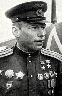 Дважды Герой Советского Союза Алелюхин Алексей Васильевич (30.03.1920 – 29.10.1990)