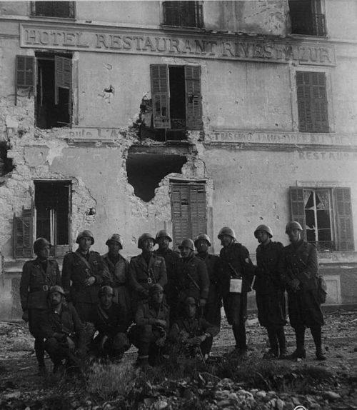 Итальянские войска в Ментоне.