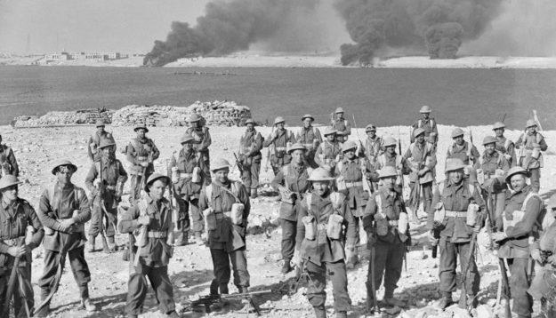 Военнослужащие австралийской 6-й дивизии во время битвы за Тобруке.
