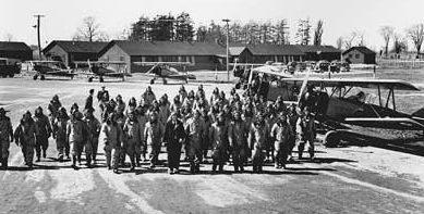 Подготовка авиаторов для Королевских ВВС в Канаде.