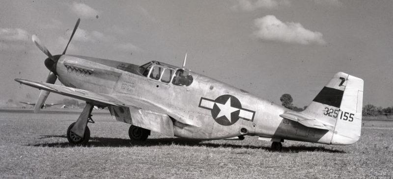 Истребитель «North American P-51 Mustang».